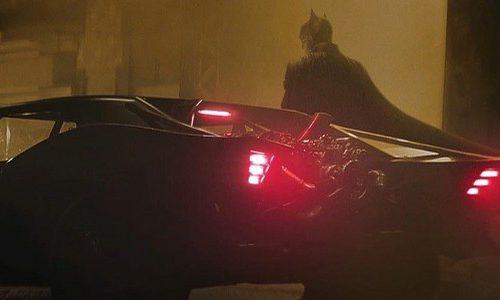 Официальные кадры «Бэтмена» показали Бэтмобиль Паттинсона