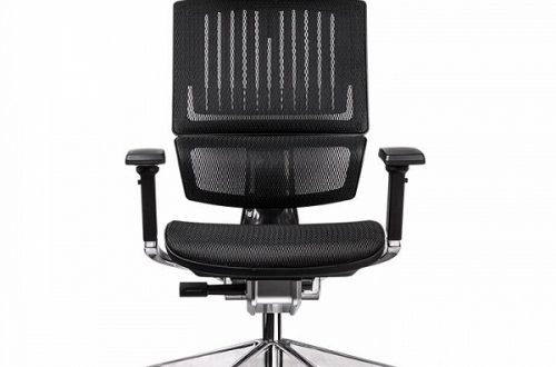 Производитель называет Thermaltake CyberChair E500 «истинно эргономичным креслом»