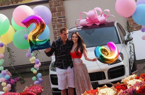Анастасия Костенко, получив в подарок элитное авто, высказалась в защиту мужа по поводу неуплаты алиментов