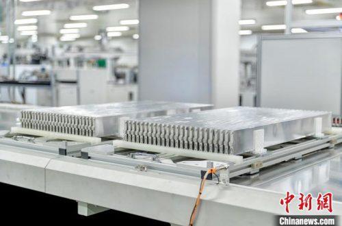 У BYD готовы ячейки LFP, которые можно собирать в аккумуляторные батареи без предварительной группировки в модули