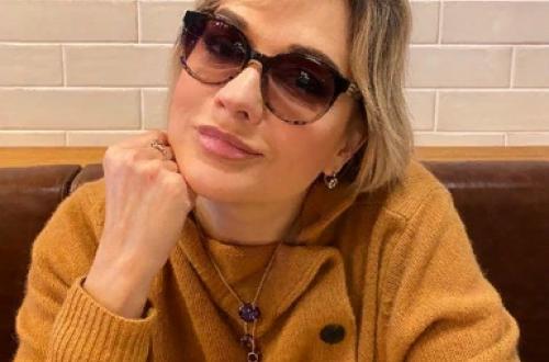 Татьяна Буланова впервые после выписки вышла в прямой эфир с фанатами