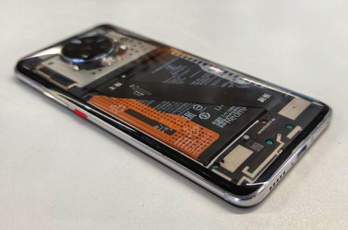 Xiaomi показала прозрачный Redmi K30 Pro