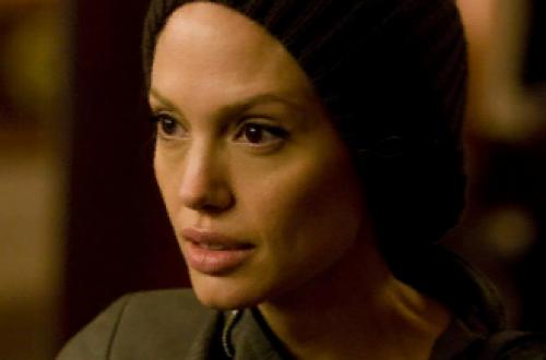 Анджелина Джоли запретила Брэду Питту знакомить их общих детей со своими подружками