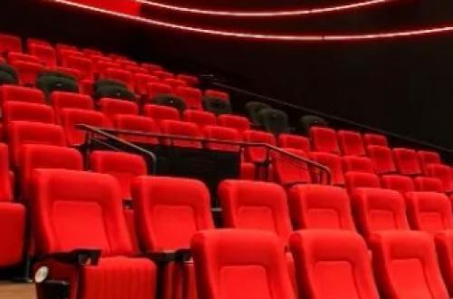 Правительство Китая разрешило открыть в стране кинотеатры