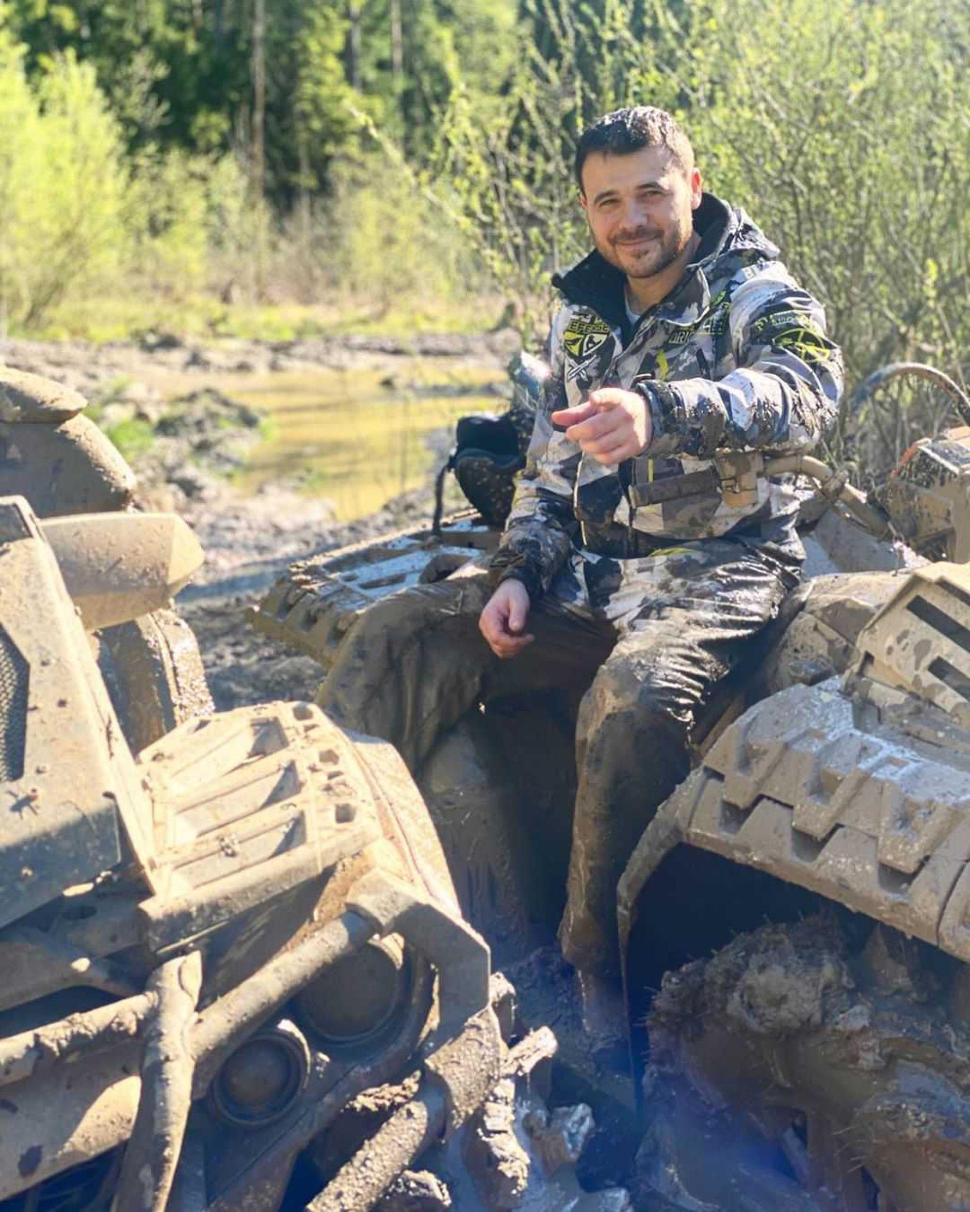 Эмин Агаларов сообщил о кардинальном изменении своих планов