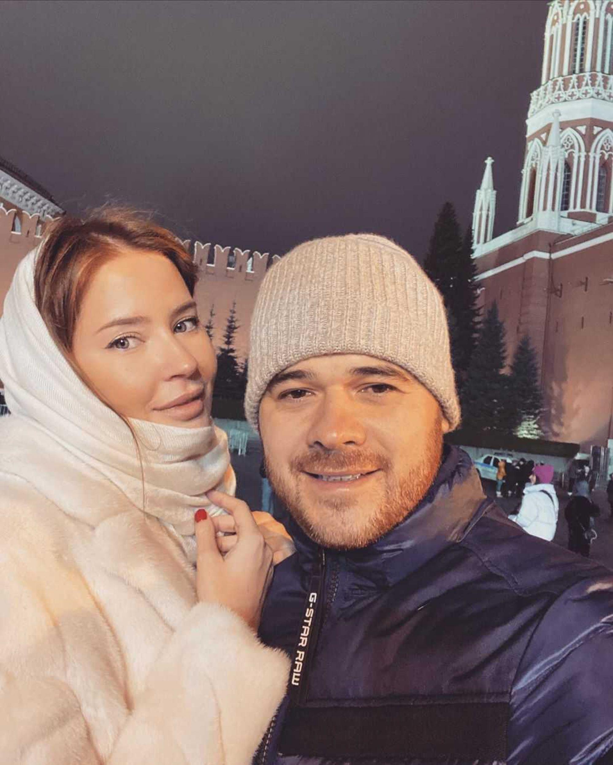 Супруга Эмина Агаларова стала еще красивее после расставания с певцом