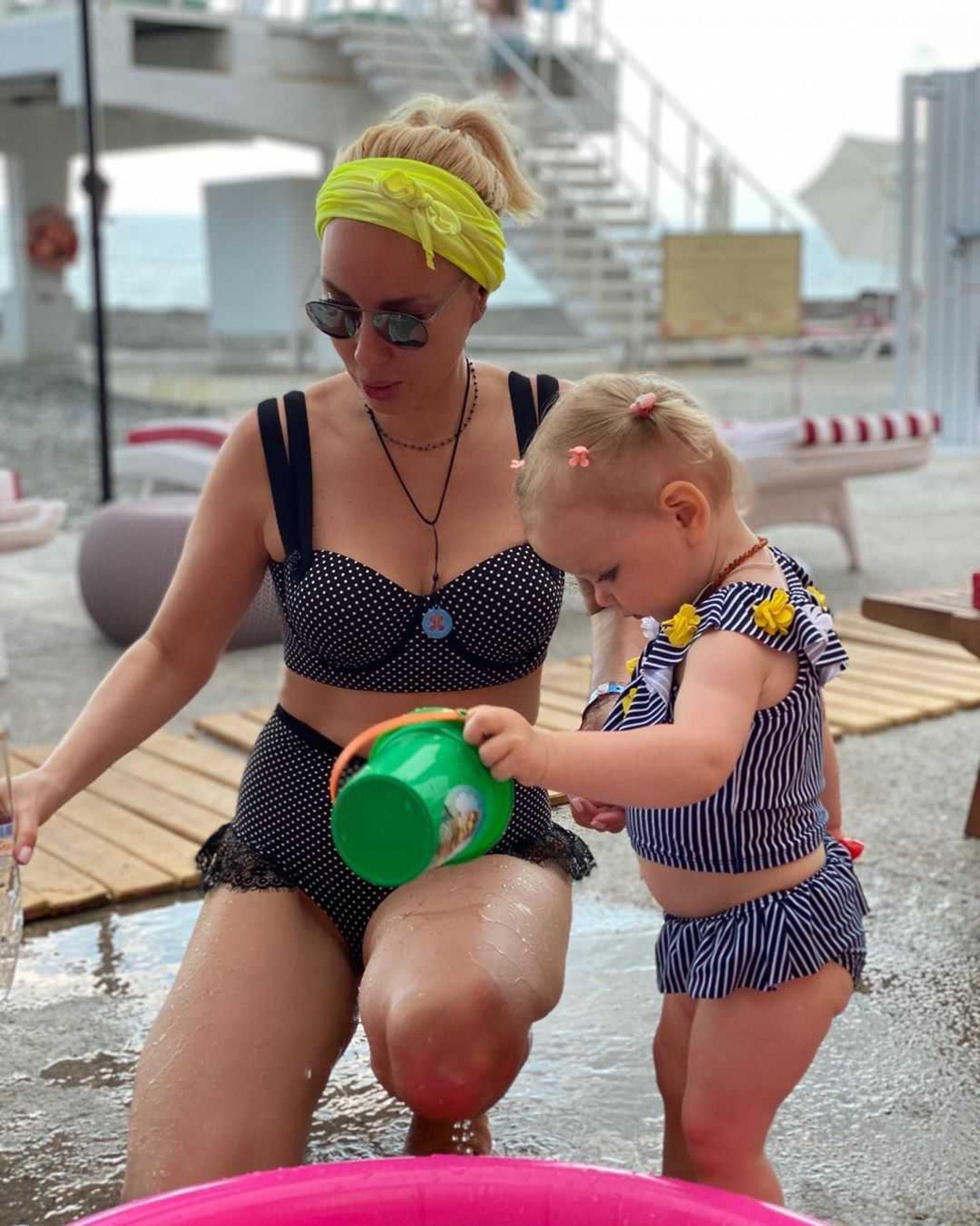 Лера Кудрявцева впервые похвасталась двухлетним внуком