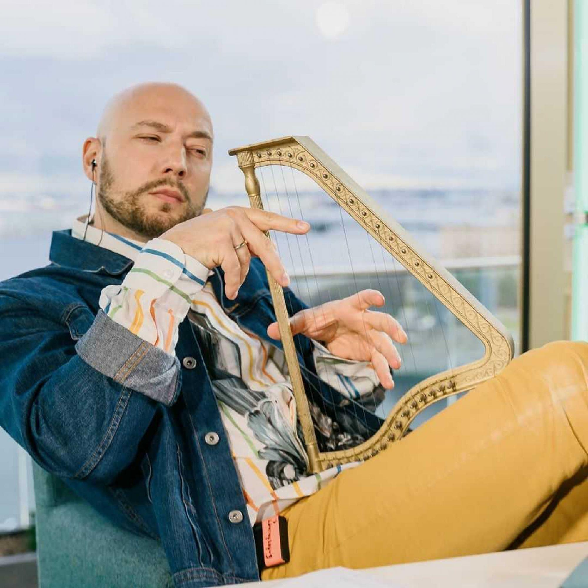 Владимир Маркони рассказал о процессе становления шоу Comment Out и своем гонораре на канале «Чикен Карри»