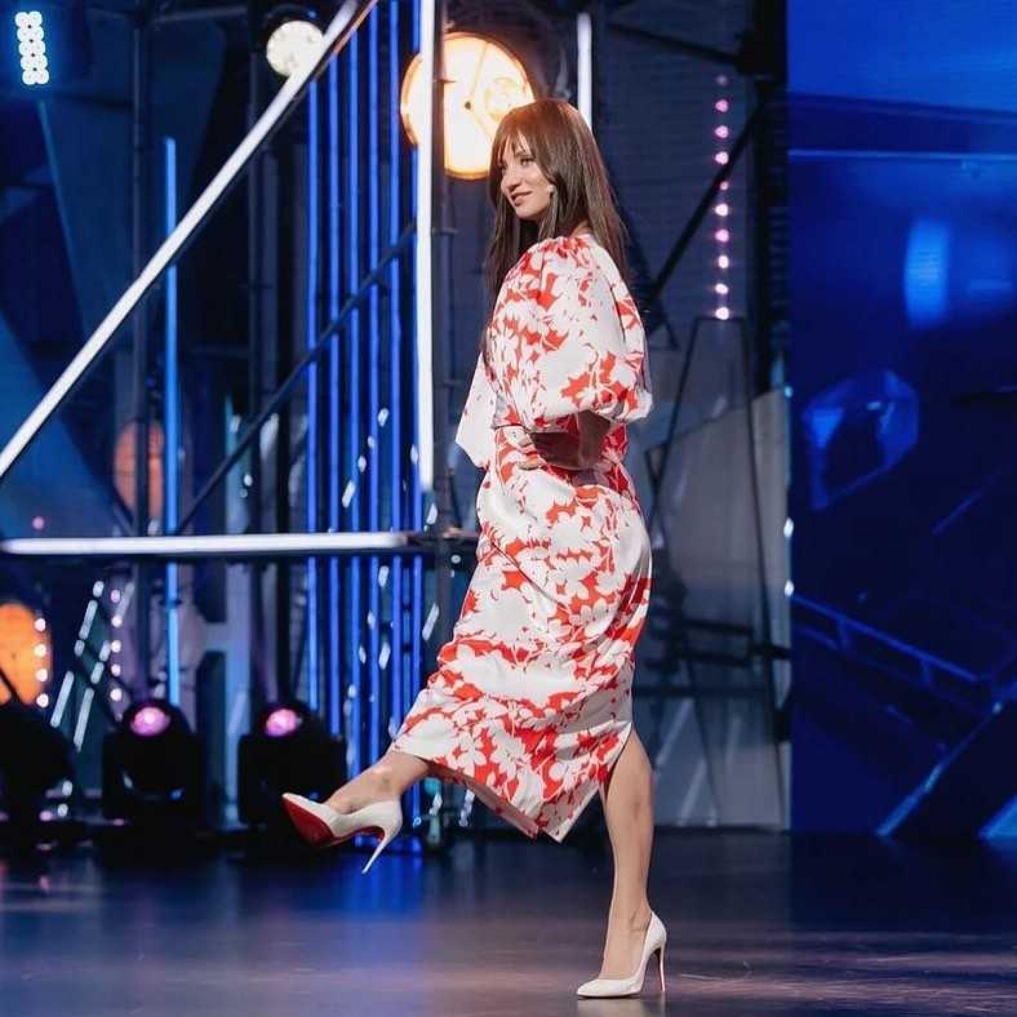 Татьяна Денисова исполнила зажигательный танец перед стартом финального сезона проекта «Танцы»