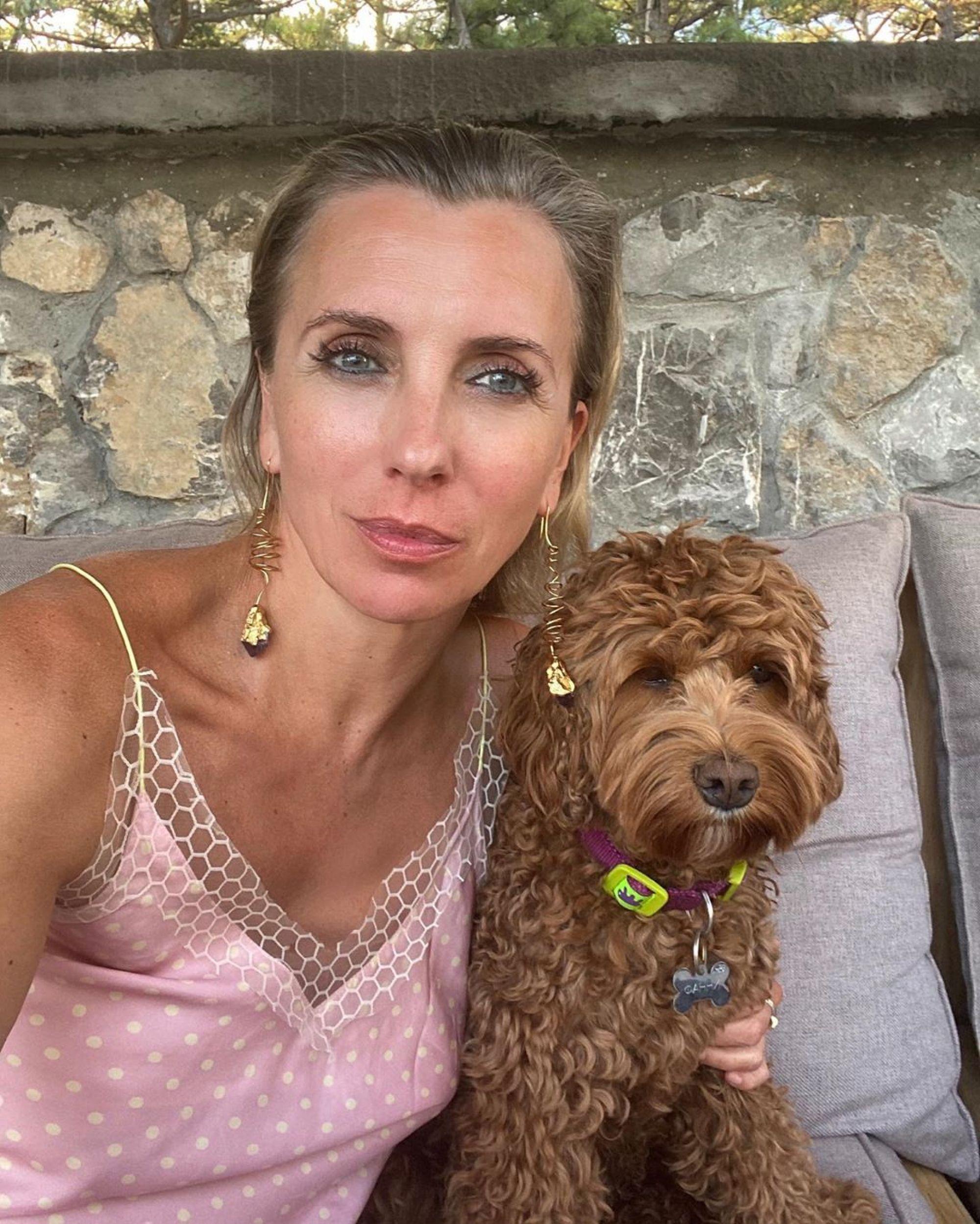 «Во все тяжкие!»: Светлана Бондарчук во время свадебного путешествия перестала соблюдать диету