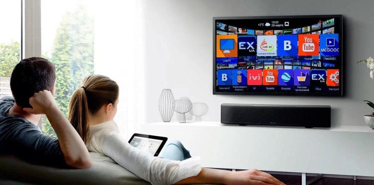 """Как сделать обычный телевизор """"умным""""?"""