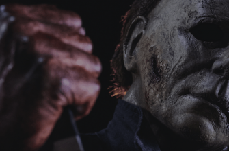 Майкл Майерс на новом кадре хоррора «Хэллоуин убивает»